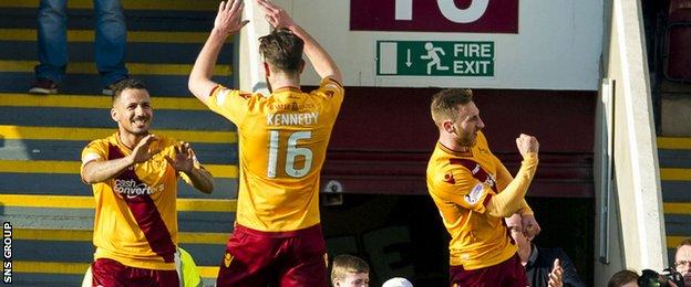 Motherwell came from behind to beat Aberdeen