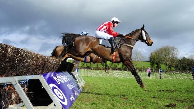 Jockey Michael McConville on Anseanachai Cliste