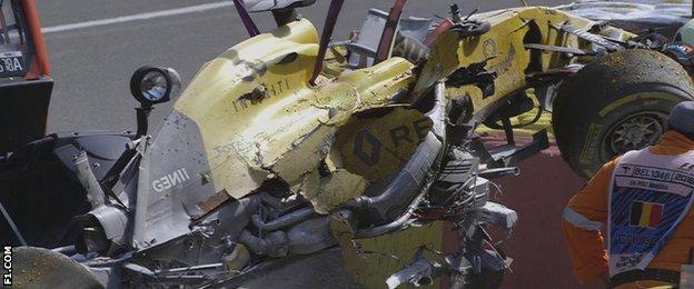 Kevin Magnussen crash