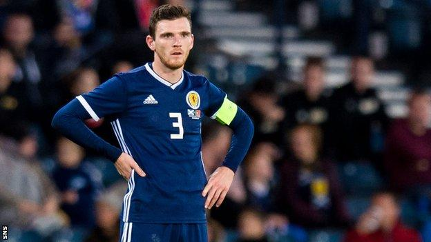 Andy Robertson will stay at home due to a dental issue