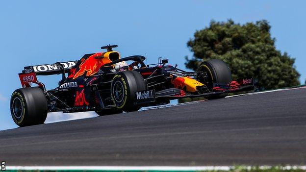 Portuguese GP: Lewis Hamilton and Valtteri Bottas top 'bizarre' qualifying, F1 Daily