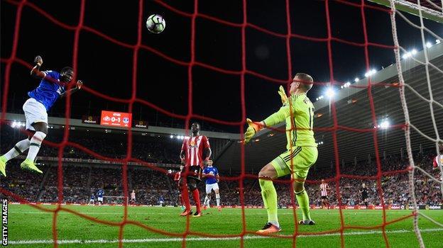Lukaku scores against Sunderland