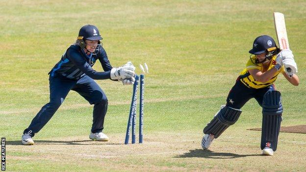 Former England wicketkeeper Sarah Taylor, who has come out of retirement this season, kept tidily on her first appearance in the Rachel Heyhoe Flint Trophy