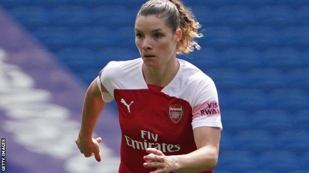 Dominique Bloodworth in action for Arsenal Women