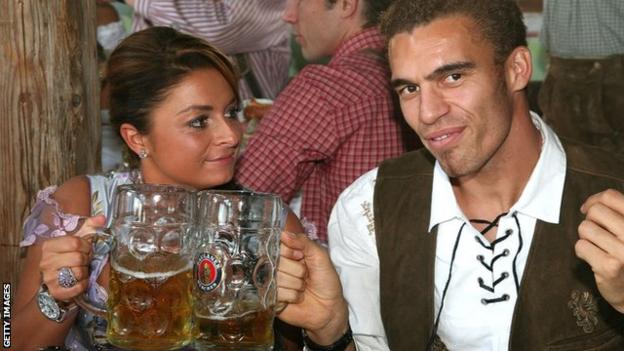 Ismael and his wife, Karolina, pictured in 2007 at the world famous Oktoberfest when he was at Bayern Munich