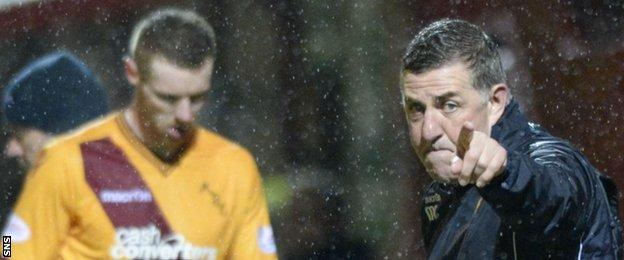Motherwell's Stephen Pearson and Mark McGhee