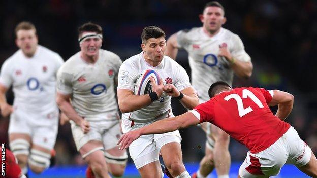 Ben Youngs takes on the Wales defence