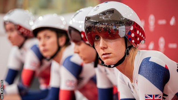 Elinor Barker followed her women's team pursuit Olympic gold at Rio 2016 with silver in Tokyo