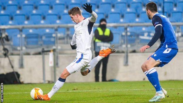 Cedric Itten scores for Rangers against Lech Poznan