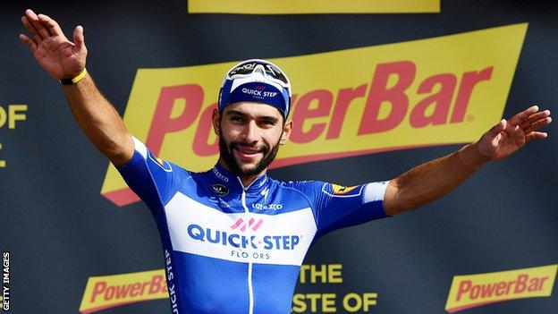 Fernando Gaviria celebrates winning stage four