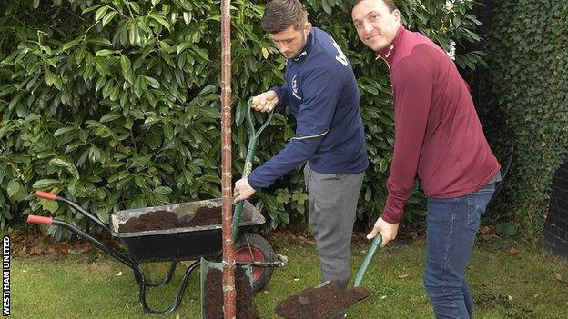 Aaron Cresswell (left) and Mark Noble