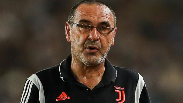 Maurizio Sarri: Juventus coach treated for pneumonia thumbnail