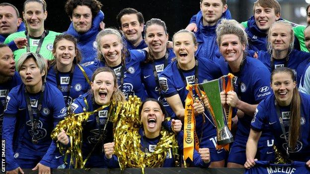Chelsea women celebrating winning the Conti Cup