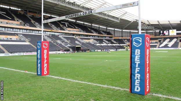Hull FC's KCOM Stadium will be the first stadium to hold the Super League Grand Final other than Manchester United's Old Trafford since 1998