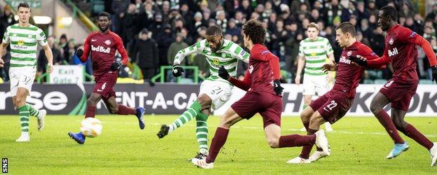 Olivier Ntcham scores for Celtic