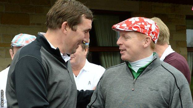 Alan Stubbs and Neil Lennon catch up at a charity golf day