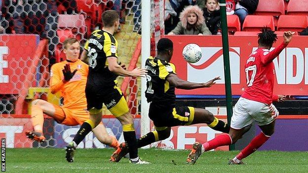 Joe Aribo scores for Charlton