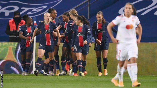 PSG celebrate Marie-Antoinette Katoto's goal