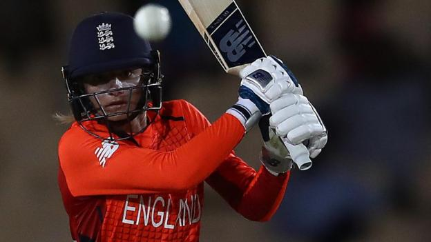 India v England: Tourists win second T20 to seal series thumbnail