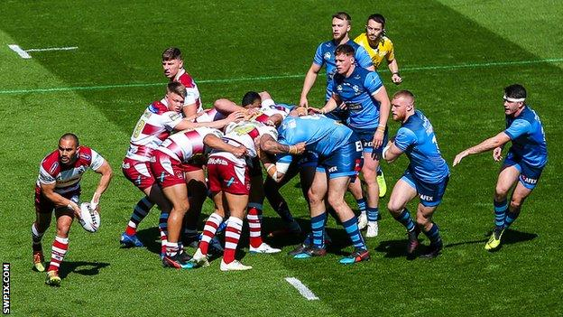 Rugby league scrum