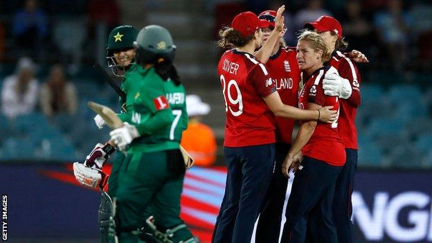 England women v Pakistan women at the 2020 T20 World Cup