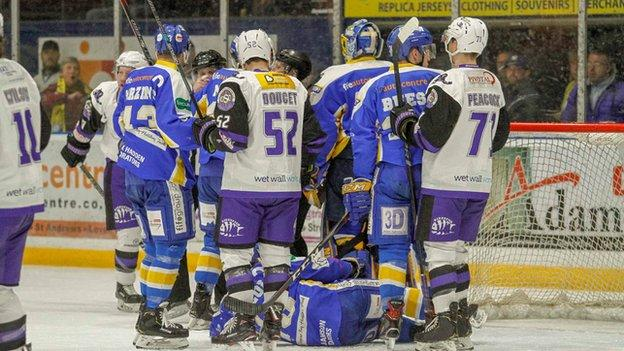 Fife Flyers and Glasgow Clan clash