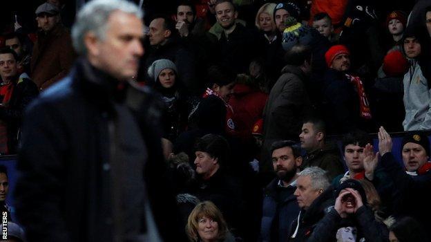 Jose Mourinho and Man Utd fans