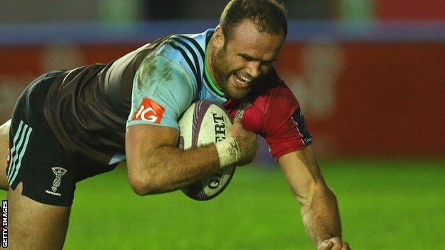 Jamie Roberts goes over for a try on his Harlequins debut