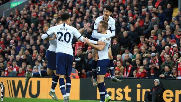 Tottenham players celebrating
