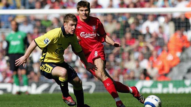 Steven Davis battles against Steven Gerrard in a 2006 game between Aston Villa and Liverpool