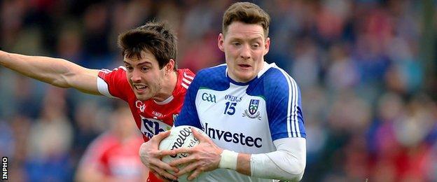 Cork's Jamie O'Sullivan challenges Monaghan's Conor McManus and Pairc Ui Rinn