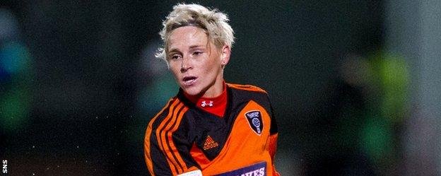 Jess Fishlock in action for Glasgow City