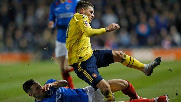 Arsenal Midfielder Lucas Torreira Out For Eight To 10 Weeks Bbc Sport