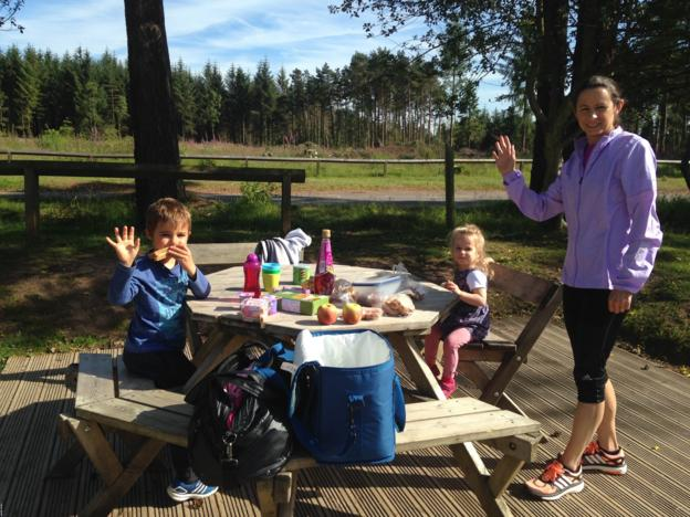 Jo Pavey with her two children