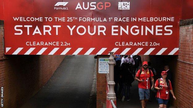 球迷赶赴澳大利亚大奖赛