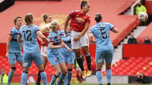 Lauren James scores for Man Utd