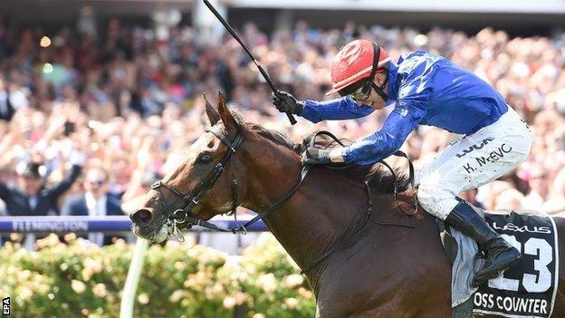 Kerrin McEvoy wins the Melbourne Cup on Cross Counter