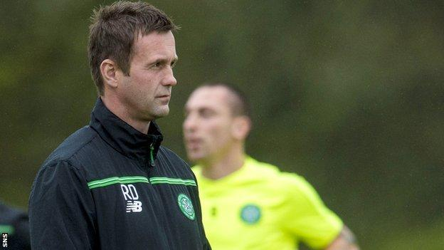 Celtic manager Ronny Deila and Scott Brown in training