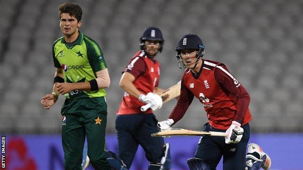 England to play in Pakistan for first time in 16 years thumbnail
