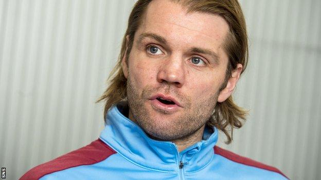 Neilson wants to see youngsters challenging for top team places at Hearts