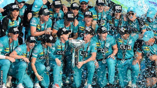 Brisbane Heat celebrate winning the 2019 Big Bash