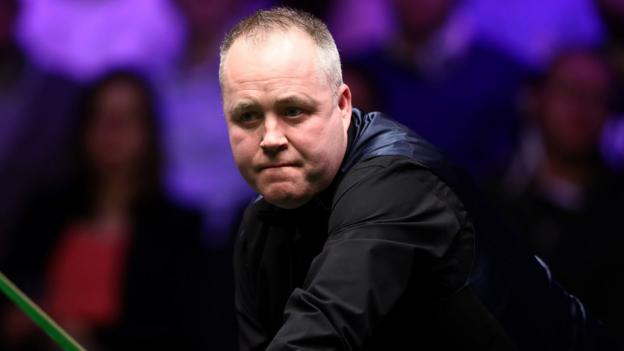 Masters: John Higgins fights back to beat gutsy Anthony McGill