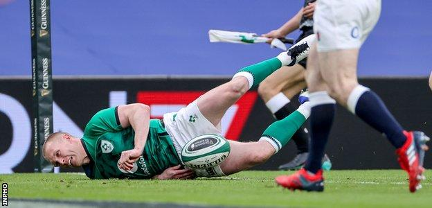 Ireland never looked back on Saturday after Keith Earls' sensational try
