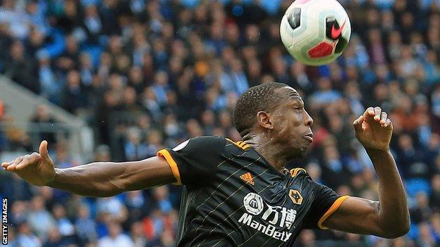 Willy Boly heads clear