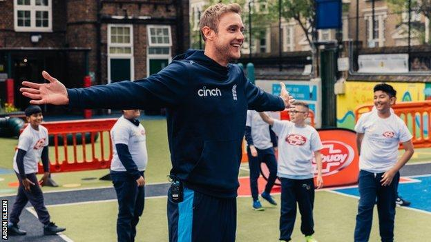 Stuart Broad at a Chance to Shine event at Hague Primary School in Bethnal Green