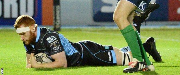 Rob Harley scores a try for Glasgow Warriors against Connacht