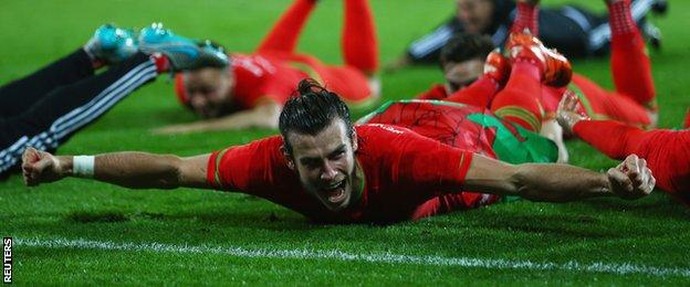 Wales players celebrate at the end of a historic Euro 2016 qualifying campaign