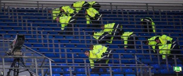 German police officers