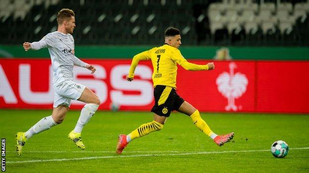 Jadon Sancho scores Dortmund's winner
