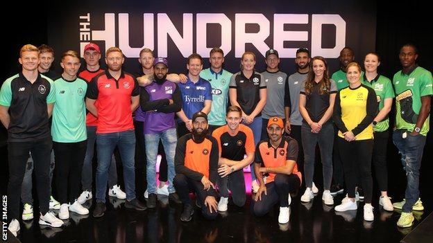 Players at The Hundred draft line up for a group photo